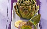 Artischocken mit Kräuter-Senf-Vinaigrette