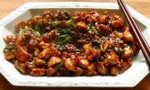 Glasiertes Huhn mit Hoisinsauce und Cashewkernen