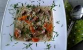 Rindfleischsuppe mit Reis und Gemüse