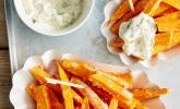 Knusprig frittierte Süßkartoffel-Pommes (USA, Neuseeland)