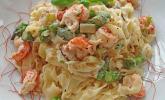 Nudeln mit Krebsfleisch, Pilzen und Spargel in Tonka-Sahne
