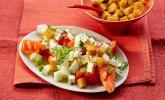 Tomatensalat mit Honigmelone und Schafskäse