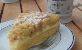 Platz 19: Rhabarberkuchen mit Vanillecreme und Streusel
