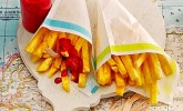 Ananas-Fritten mit Himbeer-Ketchup