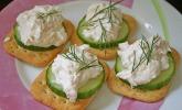 Cracker mit Räucherforellen - Mousse