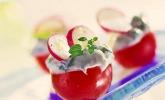 Gefüllte Tomaten mit Schafskäsecreme