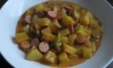 Kartoffelgulasch mit Wiener Würstchen