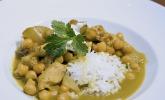 Hühnchen - Curry mit Kichererbsen und Mangostücken