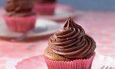 Schokoladen - Frosting mit saurer Sahne