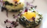 Spinatnester mit Ei