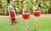 Weinflaschen- und Glashalter