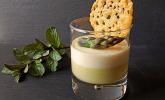 Spargel-Panna-Cotta mit Käse-Schinken-Crackern
