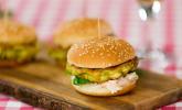 Mini Halloumi-Burger mit Avocado und Gemüse