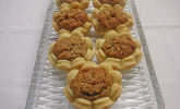 Blumen-Kekse mit Haselnussfülle