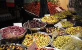Köstliche Oliven und weitere Leckereien