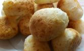 Brasilien: Brasilianische Käsebällchen - Pão de Queijo