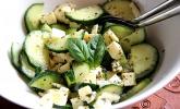 Gurkensalat mit Mozzarella