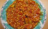 Zucchinieintopf mit Graupen und Tomaten