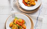 Gnocchi-Salat mit Zucchini und Paprika