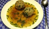 Kräuter-Leberknödel-Suppe