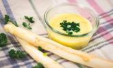 Spargelcremesuppe mit Hühnerbrühe