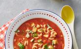 Tomaten-Nudelsuppe mit Zucchini