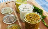 Dreierlei geniale Salatdressings: Honig-Senf-Dressing, Hamburger Salatdressing und Life Changing Dressing