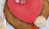 Herziges Erdbeermousse-Törtchen