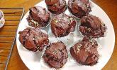Schokoladenmuffins mit Schokoladenfüllung