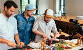 Wer macht den besseren Wurstsalat?