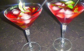 Granatapfel-Minz-Cocktail