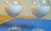 Omas Vanille / Vanillelikör (mit Eis)