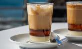 Nachspeise: Barraquito (mehrlagige kanarische Kaffeespezialität)