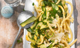 Zucchini-Zitrone-Nudeln