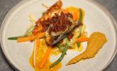 Hauptspeise: Hummerravioli mit Gemüse und einer Zitronengras-Curry-Sauce