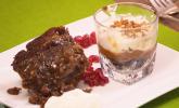 Nachspeise: Sticky Toffee Bread Pudding (Karamellisierter Dattelkuchen) und Turtle Cheesecake in a Glass