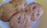 Cookies mit Erdbeeren und weißer Schokolade