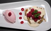 Nachspeise: Cranachan und Himbeer-Joghurteis