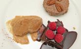 """Nachspeise: """"Natürlich süßes Dreierlei"""" Brownie, Birnen-Eis und Pecan-Pie"""