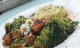 Sesam-Brokkoli-Hühnchen
