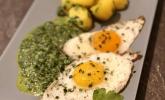 Salzkartoffeln mit Spinat und Spiegelei