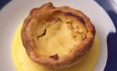 Nachspeise: Blätterteig-Apfeltarte mit Karamell-Royale und Calvados-Sabayon