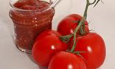 Tomatenmarmelade mit Sekt