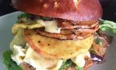 Apfel-Camembert-Chicken-Burger