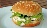 Caesar`s Salad Chicken Burger