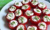 Gefüllte Tomaten mit Schafskäse-Creme