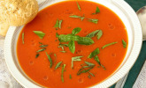 Low carb Tomaten-Basilikum-Suppe