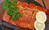 Plank-grilled Lachs