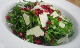 Rucola-Granatapfel-Salat mit Pecorino