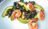 Salat mit Linsen, Avocado und Krabben